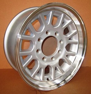 17.5X6.75 HWT Series 10 Aluminum Trailer Wheel, 4,850 lb Max Load